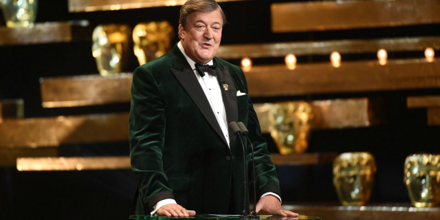 ee-bafta-awards-2017-stephen-fry