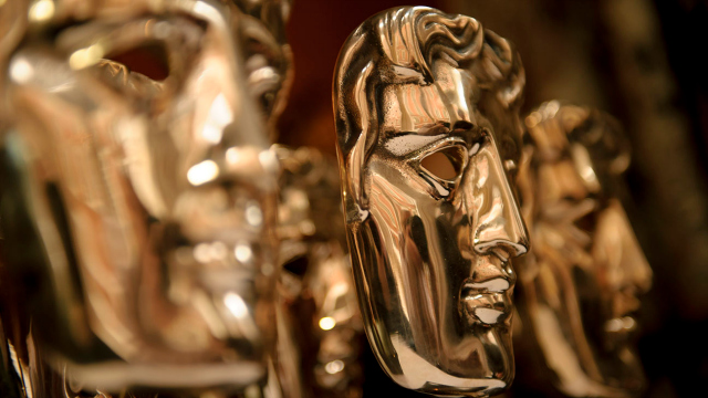 ee-bafta-awards-trophy-mask