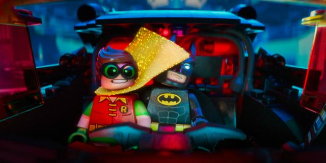 the-lego-batman-movie-batmobile-robin