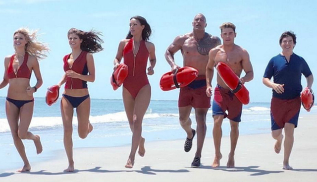 baywatch-2017-slow-mo-running
