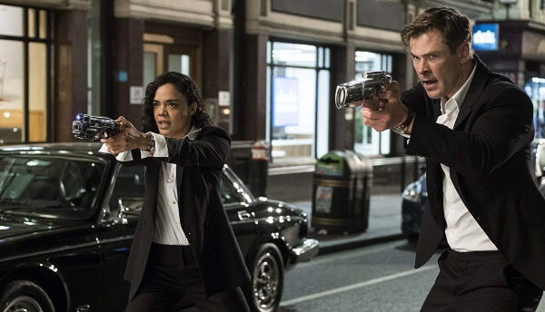 men-in-black-chris-hemsworth-tessa-thompson