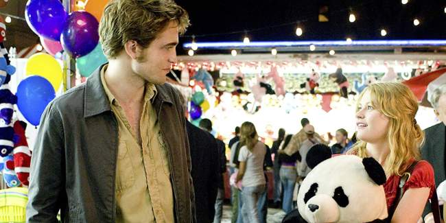 remember-me-2010-giant-panda-robert-pattinson