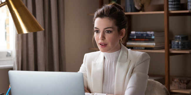 locked-down-2021-anne-hathaway-zoom-meeting