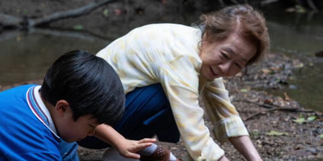 minari-2020-Youn-Yuh-jung-grandma-david